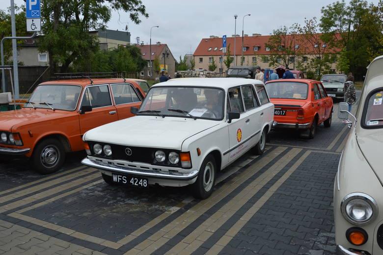 Historia potoczyła się kołami, czyli samochodowe cacka rodem z PRL