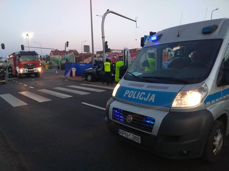 Wypadek na ul. Chwarznieńskiej w Gdyni [16.02.2019]