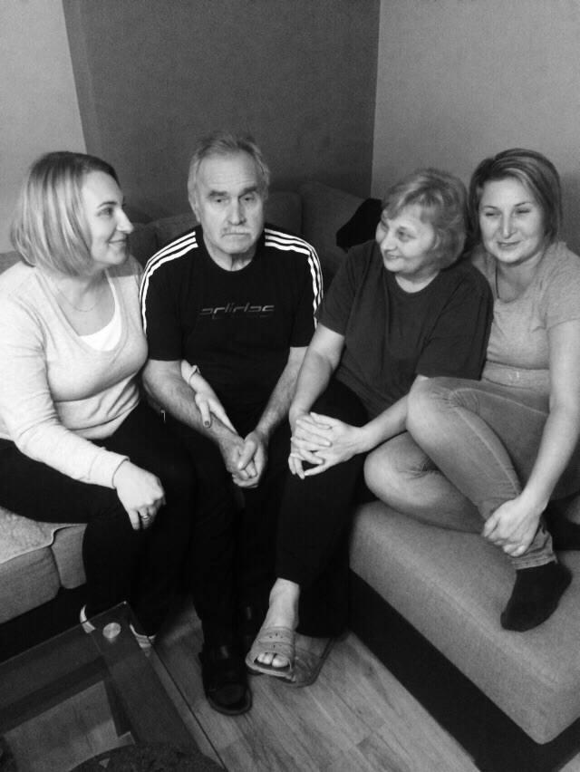 Ryszard Mikolas z Antoniowa przeszedł dwukrotnie przeszczep nerki. Czuje się dobrze, jest aktywny. Mocno wspiera go rodzina. Na zdjęciu towarzyszy mu