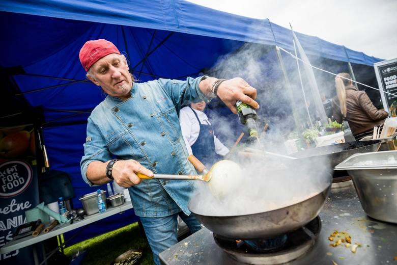Od południa w niedzielę 8 września, na Wyspie Młyńskiej zobaczyć można było m.in. pokazy gotowania na żywo, prezentacje bydgoskich restauracji i występ