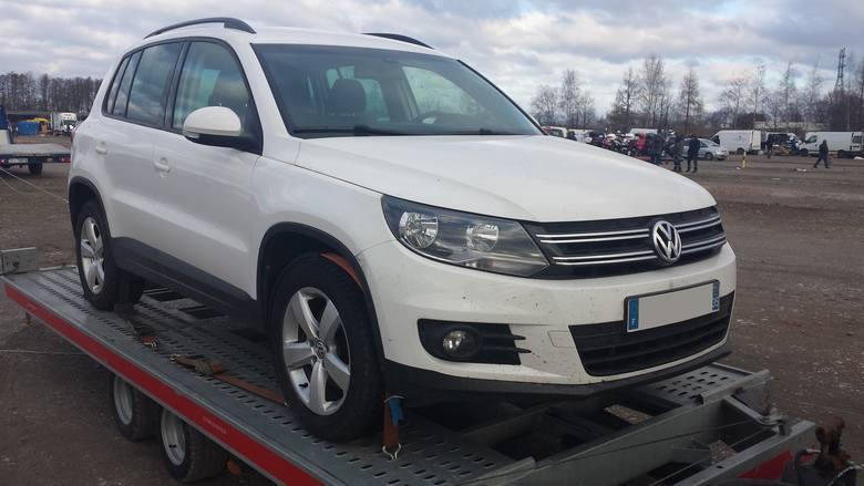 1. Volkswagen Tiguan. Silnik 2,0 diesel, rok produkcji 2013, cena 46000 zł.