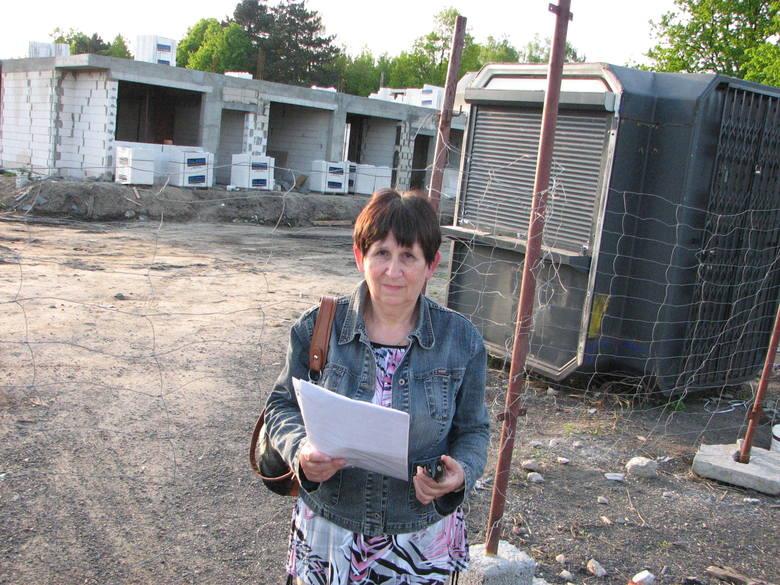 Mieszkańcy Platanowej uważają, że inwestor niszczy piękną i zabytkową okolicę