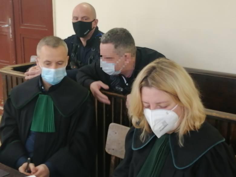 Biegła sądowa z zakresu genetyki zeznawała w czwartek 15 kwietnia w Sądzie Okręgowym w Łodzi na procesie 45-letniego Tomasza W.  Prokuratura zarzuca