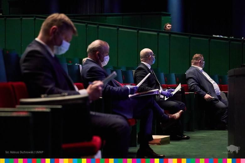 Sesja sejmiku w Operze i Filharmonii Podlaskiej