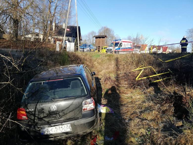 We wtorek w godzinach porannych w miejscowości Niedalino kobieta kierująca pojazdem marki volkswagen straciła panowanie nad pojazdem i wypadła z szosy.