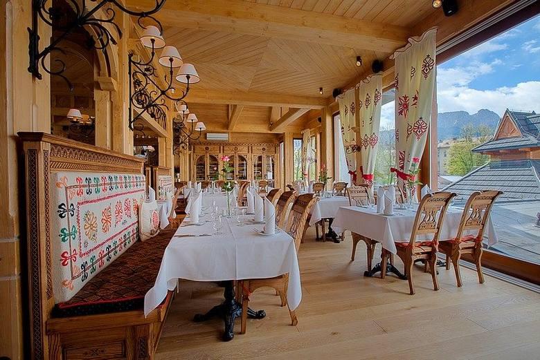 Jedna z najnowszych restauracji w Zakopanem, która prezentuje połączenie wykwintnego stylu z góralską tradycją. Restauracja serwuje potrawy przygotowane