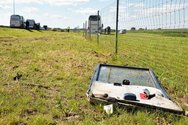 Kontrola ITD wykazała, że w autobusie, który wypadł z drogi na S3 koło Sulechowa nie był włączony tachograf. Kierowca podróżował jako… jeden z pasażerów.