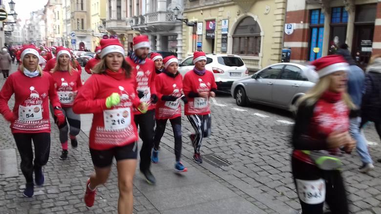 Festiwal Biegów Św. Mikołajów - bieg na 5 km (ZDJĘCIA)