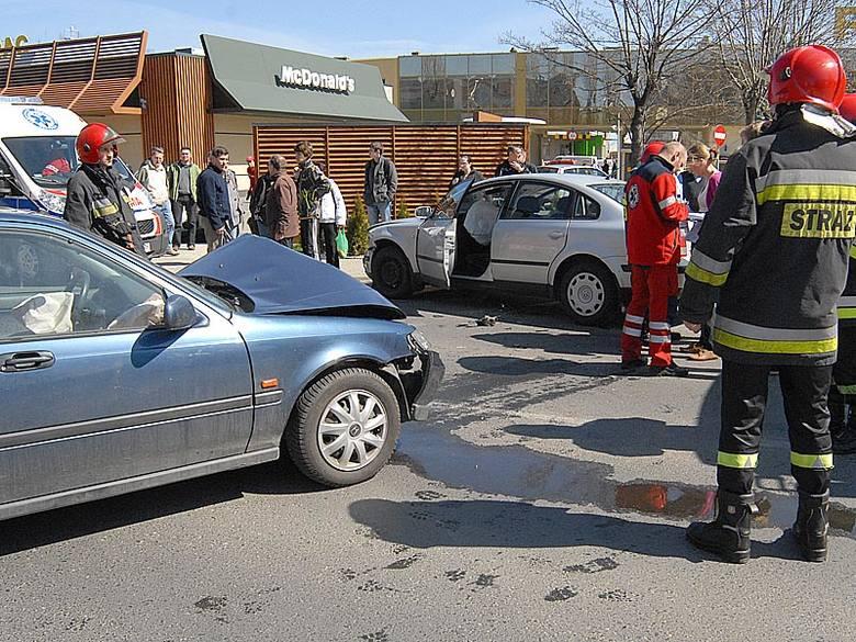 Zderzenie samochodów na ul. Monte Cassino w Rzeszowie
