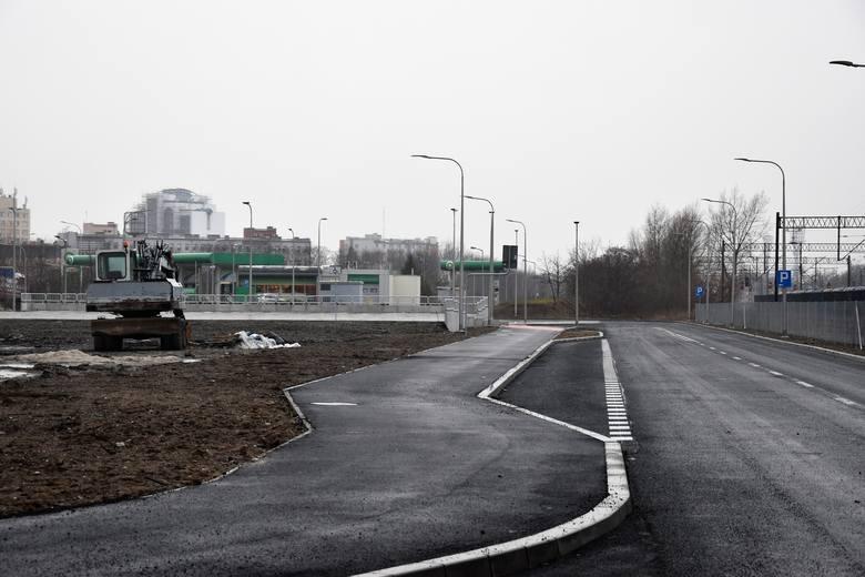 Nowa ulica i parking, które powstały w rejonie planowanego CUP w Opolu