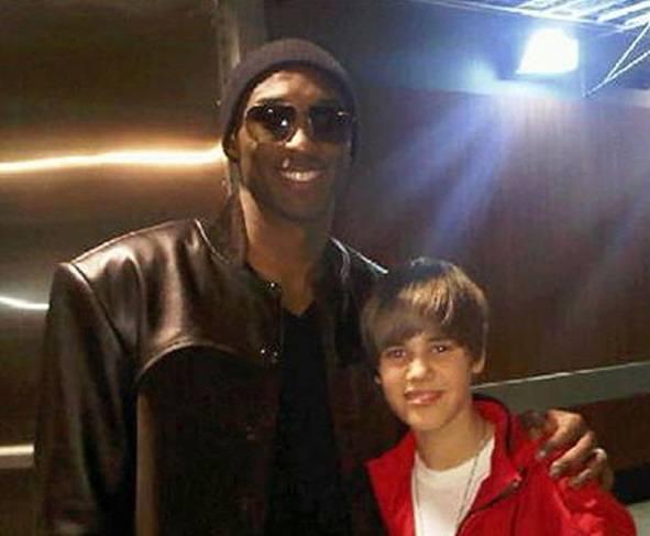 Mbappe, Djokovic, Timberlake, Kanye West i inni, cały świat opłakiwał Kobego Bryanta (Zdjęcia)