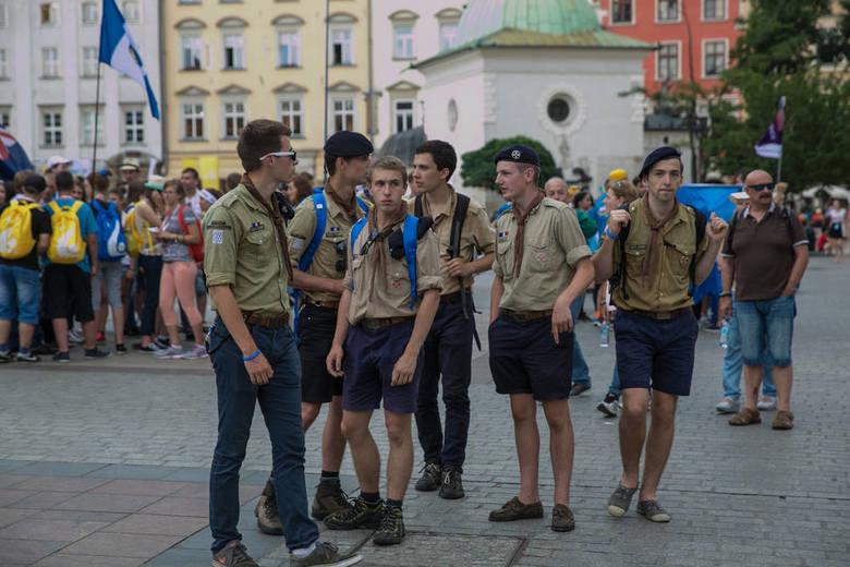 ŚDM 2016. Pielgrzymi w Krakowie [NOWE ZDJĘCIA]