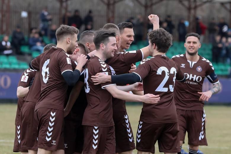 Przedstawiamy łączne wynagrodzenie pośredników transakcyjnych wypłacone przez kluby PKO Ekstraklasy, Fortuna 1 Ligi i 2 ligi w okresie 1 kwietnia 2019