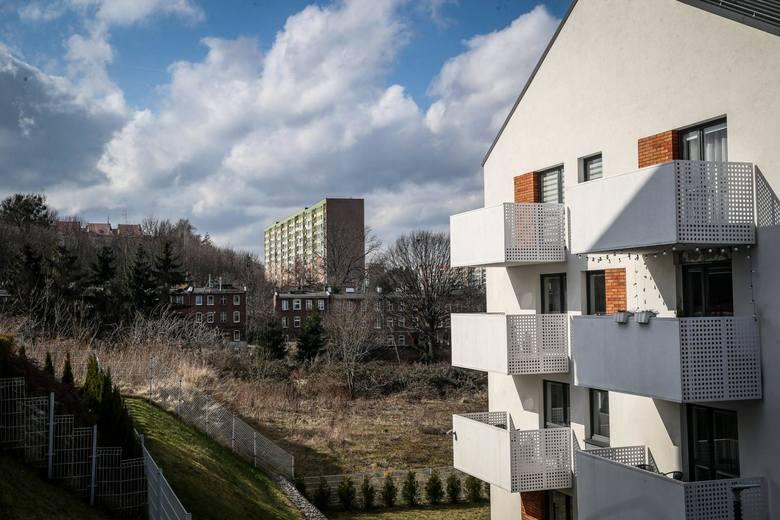 Średnia wartość kredytu mieszkaniowego po II kwartale wyniosła 276,622 zł, czyli więcej o 8,487 zł niż przed trzema miesiącami.