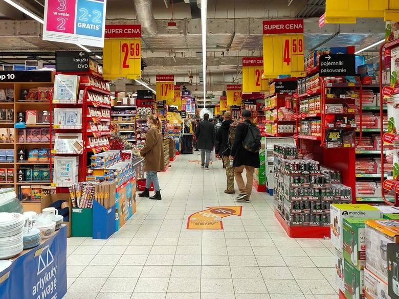 6 grudnia sklepy będą otwarte?