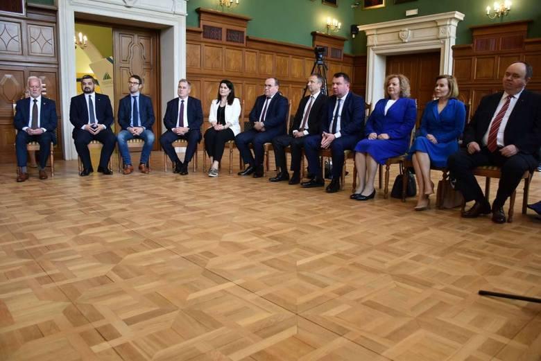 W Zamku Dzikowskim w Tarnobrzegu odbyła się wyjątkowa uroczystość z udziałem zawodniczek i sztabu szkoleniowego KTS Enea Siarkopolu Tarnobrzeg oraz zaproszonych