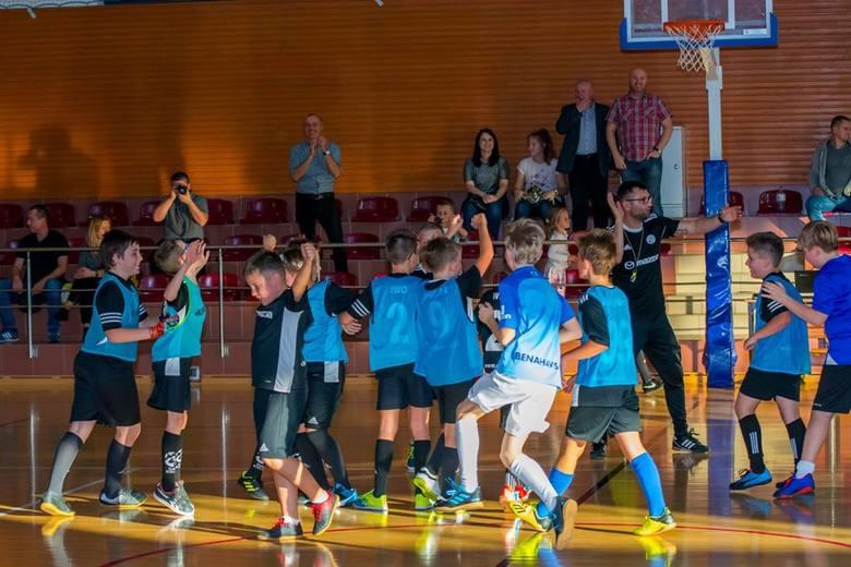 W październiku wystartowała DAP-owska Liga Mistrzów organizowana przez Akademię Piłkarską DAP Kielce. Pierwsza tego rodzaju liga w tej części Polski.Do