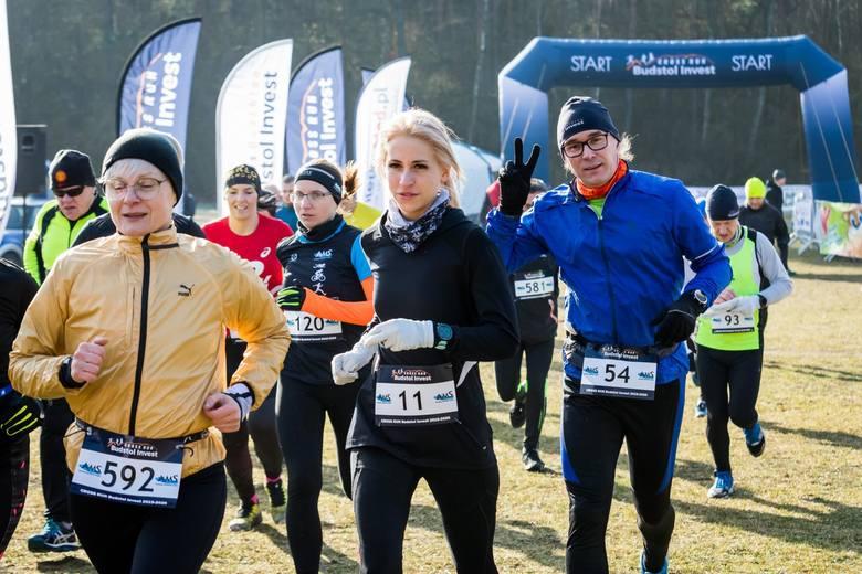W sobotę (8 lutego) w Myślęcinku odbył się przedostatni bieg cyklu Cross Run Budstol Invest. Podczas biegu przełajowego dla dorosłych, jak zawsze, przygotowano
