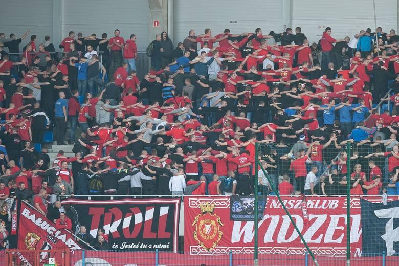 Działacze Widzewa wydali oświadczenie w sprawie zachowania kibiców na dworcu w Katowicach