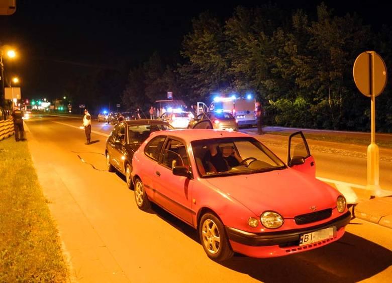 Al. 1000-lecia PP: Wypadek podczas policyjnej interwencji. Wezwanie było fałszywe (zdjęcia, wideo)