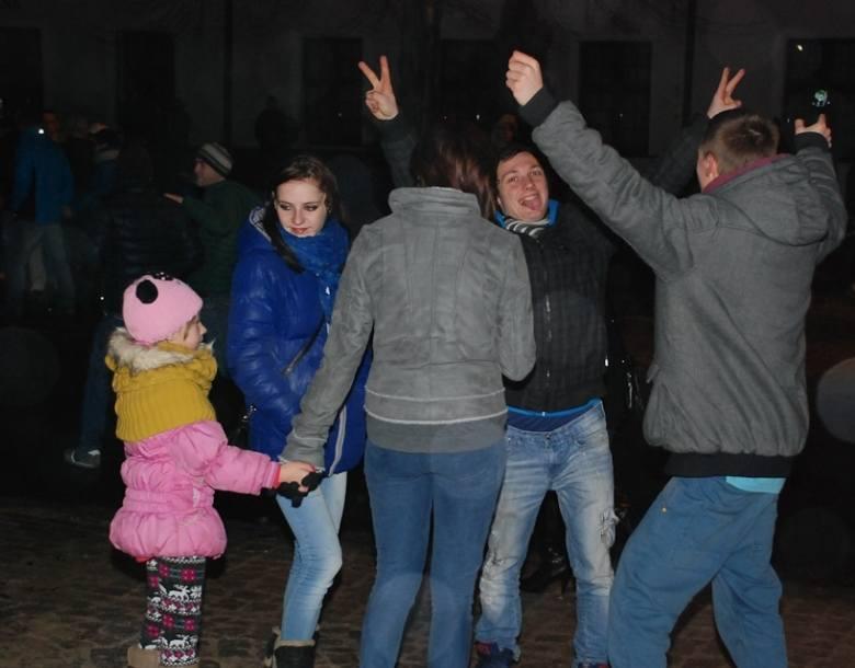 Brodniczanie powitają Nowy Rok na Przedzamczu, gdzie odbędzie się pokaz sztucznych ogni.