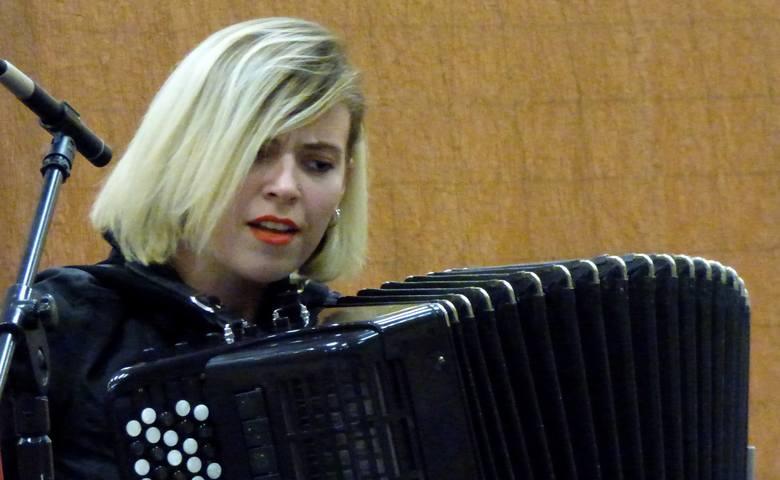 Kateryna Pylypenko z Ługańska na Ukrainie wygrała solecki festiwal w kategorii solistów, zdobyła też nagrodę specjalną - Statuetkę Akordeonisty 2018