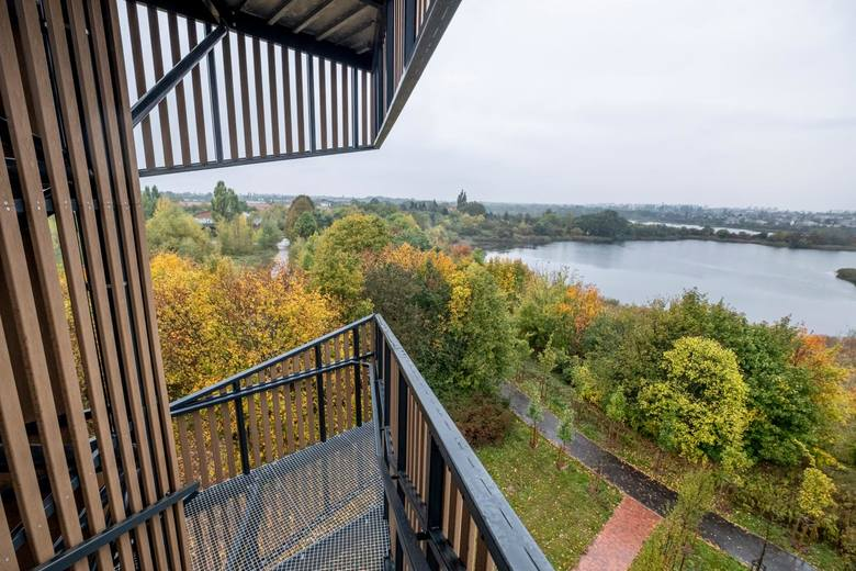 Największa atrakcja Szacht została oddana do użytku w grudniu 2018 roku. To 22-metrowa wieża widokowa. Pieniądze na jej budowę udało się pozyskać z Poznańskiego