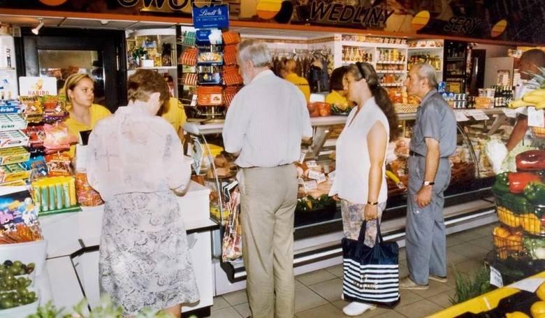 W ciągu kilku miesięcy liczba sklepów sieci Piotr i Paweł skurczyła się ze 130 do 84.