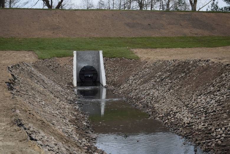 Naprawiony wał przeciwpowodziowy w Ostrołęce
