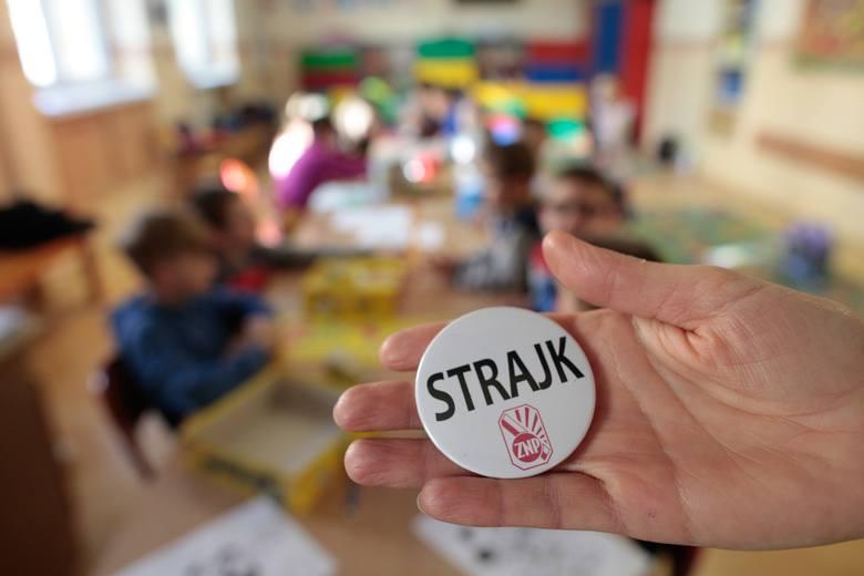 Strajk nauczycieli 2019 w Opolu. W mieści mają protestować w prawie wszystkich placówkach oświatowych.