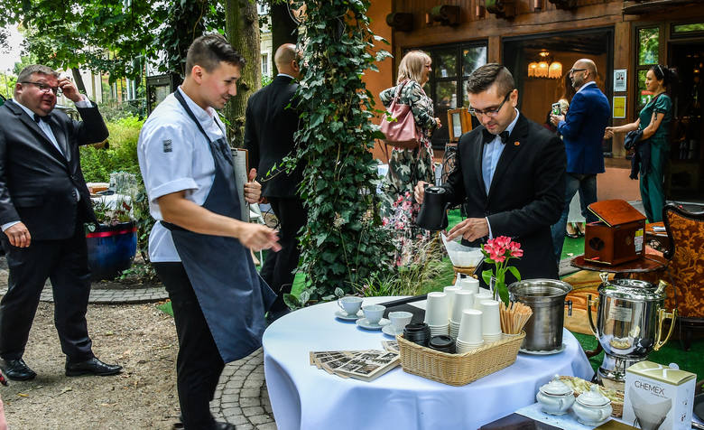 W ramach Bydgoskiej Niedzieli Handlowej 11 sierpnia o godz. 11 restauracja Weranda już po raz trzeci zaprasza na śniadanie na trawie w parku Kazimierza