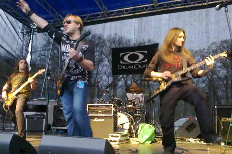 Kapela Black Jack z Krakowa rozgrzała publiczność do czerwoności. Zwycięstwo w Koz All Music to ich kolejny sukces, na swoim koncie mają już wygraną
