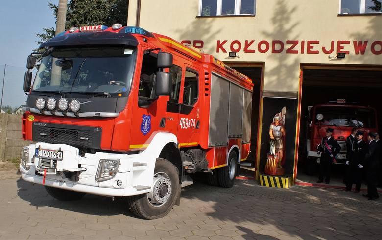 Ochotnicza Straż Pożarna w Kołodziejewie może pochwalić się nowym wozem bojowym marki Volvo. Jego zakup sfinansowany został ze środków Unii Europejskiej,