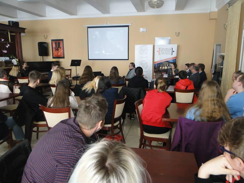 Sukces ucznia z Zielonego w Pionkach. Szymon zaimponował wiedzą w Akademii Niepodległości