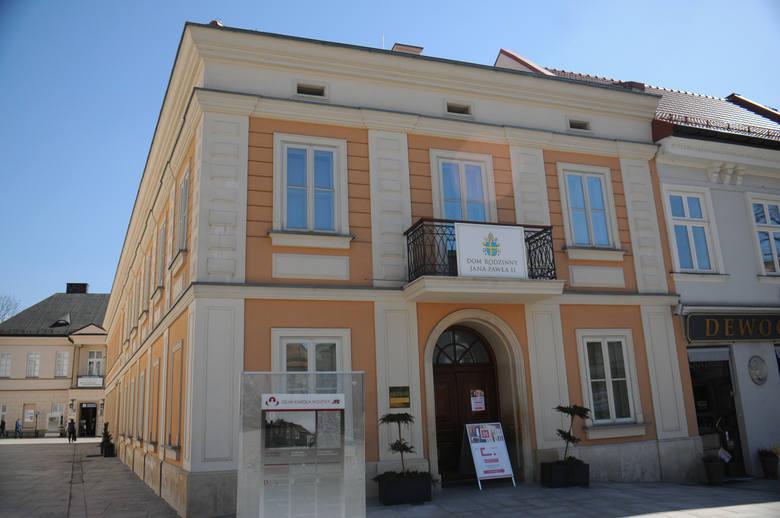 Dom rodzinny Ojca św. Jana Pawła II. Tu mieszkał przez 18 lat