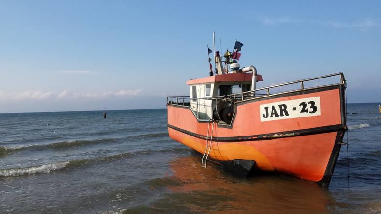 Kilka buldożerów, rurociąg, pogłębiarka, kilkadziesiąt tysięcy metrów sześciennych morskiego piasku i plaża w Jarosławcu szturmem wdarła się do rankingu