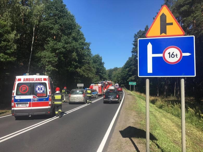 W czwartkowe przedpołudnie na drodze krajowej nr 11 w poblizu miejscowości Przydargiń doszło do wypadku. Zderzyły się trzy samochody osobowe. W wyniku