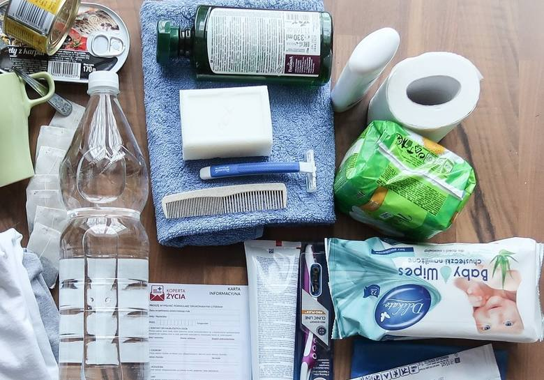 Już dziś przygotuj swój podręczny szpitalny zestaw awaryjny, spakowany w małą torbę turystyczną lub niewielki plecak - apeluje fundacja GOTOWI.ORG.COVID-19