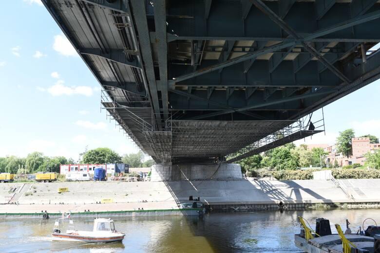 Toruń. Trwa remont mostu im. Józefa Piłsudskiego. Na jakim jest etapie? Oto zdjęcia!