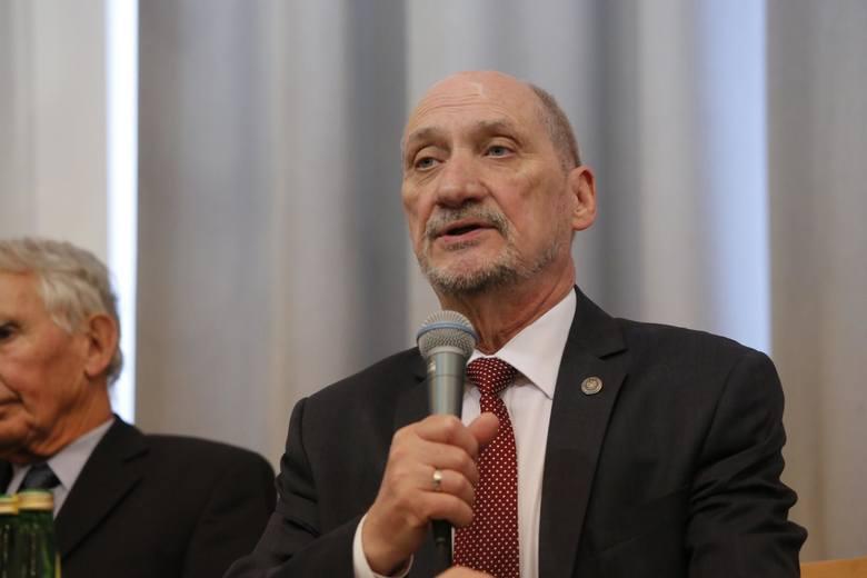 Macierewicz odpowiada ambasador USA: Napisałem prawdę i tylko prawdę