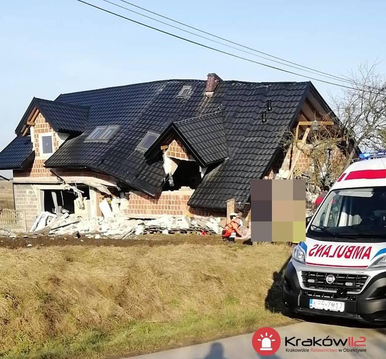 Pilne! Wybuch gazu w budynku mieszkalnym w Żydowie (powiat krakowski). Wewnątrz były cztery osoby [ZDJĘCIA] 16.02.2020