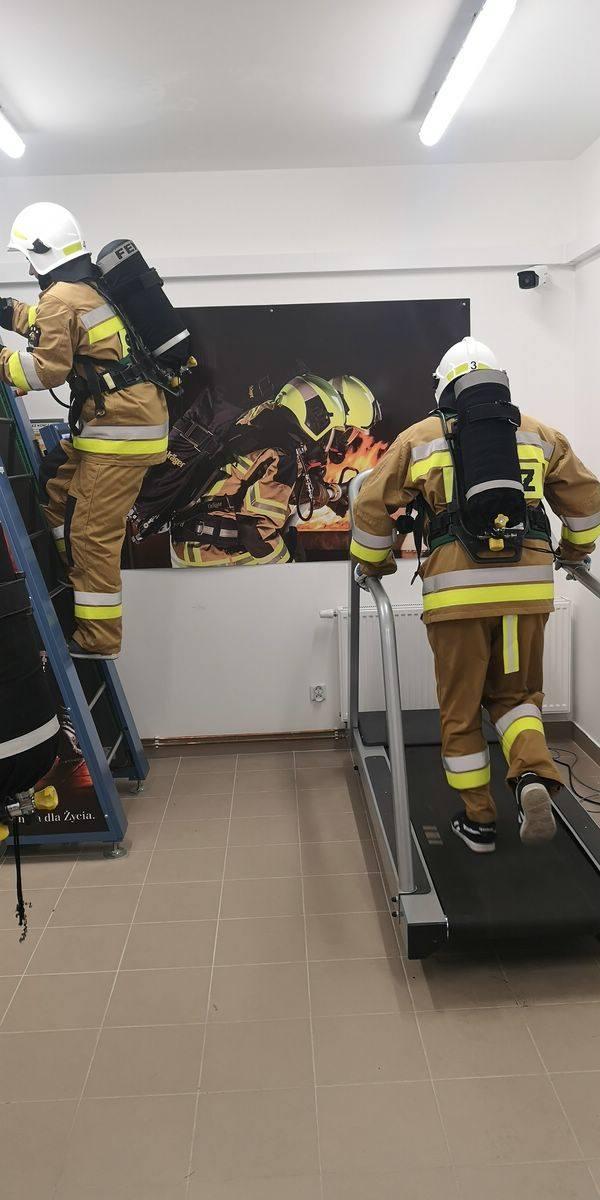 W Przemyślu wybudowano komorę dymową dla strażaków z Polski i Ukrainy [ZDJĘCIA]