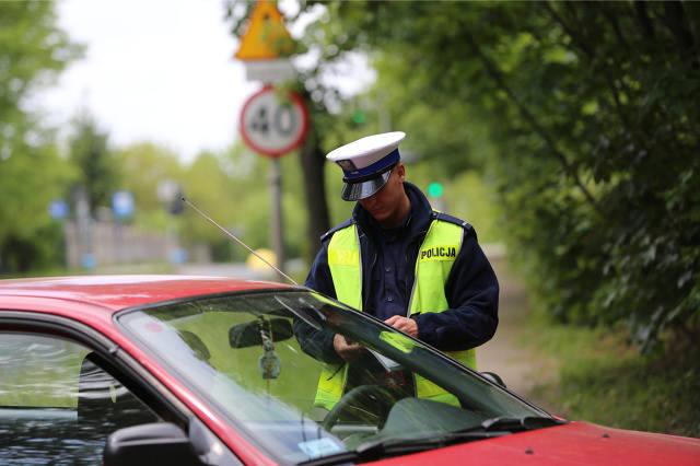 Brak prawa jazdy oznacza absolutny zakaz prowadzenia pojazdów - to niby oczywiste, ale nie dla wszystkich.