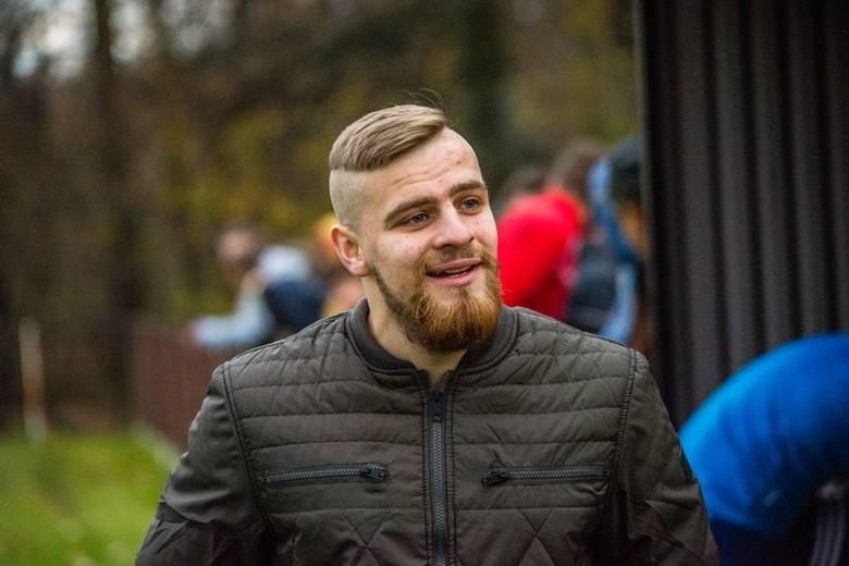 Bartek Woźniak z Choczni jest jednym z najmłodszych trenerów piłkarskich w Polsce