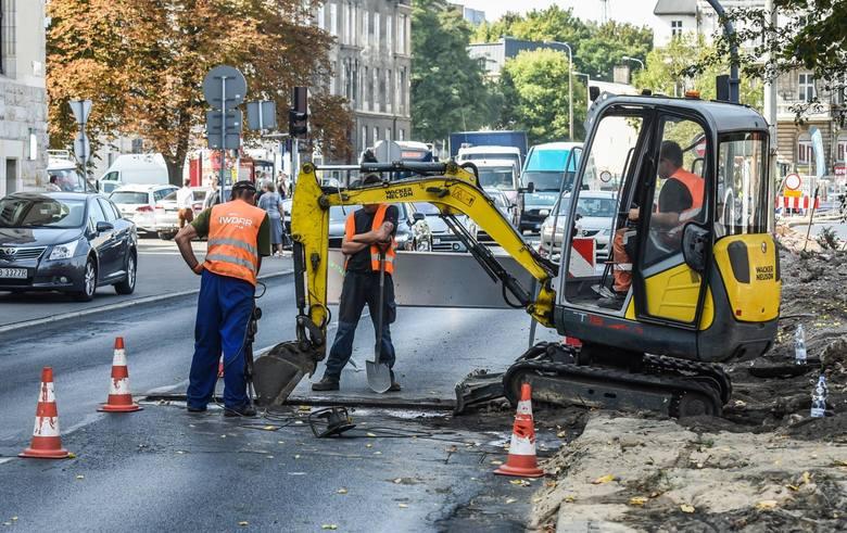 Zarząd dróg właśnie ogłosił przetarg na remont pięciu ulic w Bydgoszczy. Remonty mają być prowadzone latem, kiedy ruch w mieście jest mniejszy. Sprawdź,