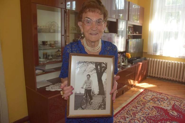 Pani Joanna kończy 100 lat, a nawet ratownicy medyczni zazdroszczą jej wyników