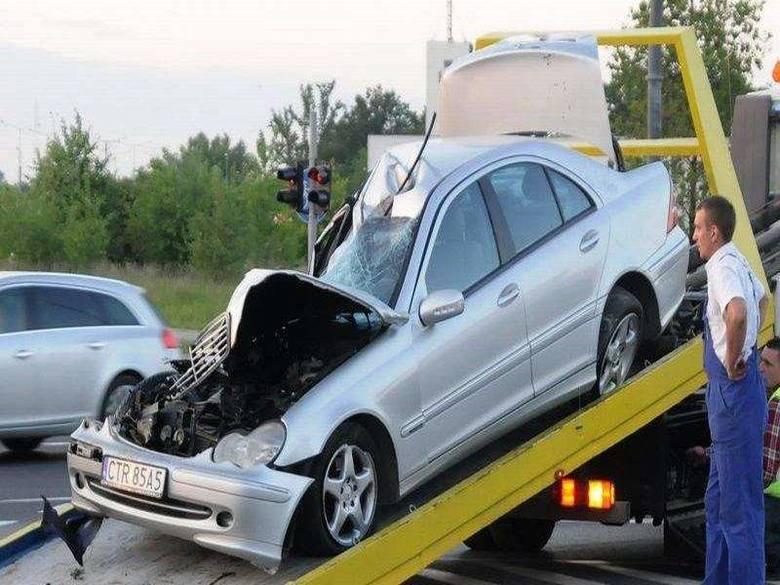 Dramatyczne wypadki na drogach w regionie [zdjęcia]