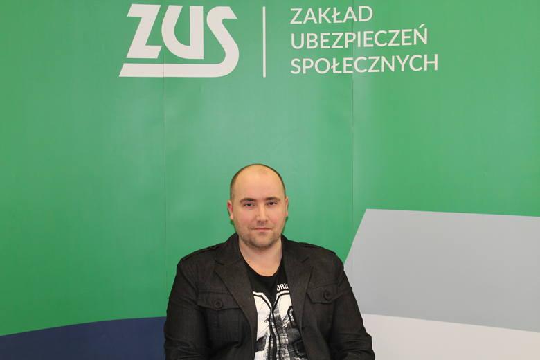 Adam Grześkowiak jest ekspertem ZUS w Gorzowie.