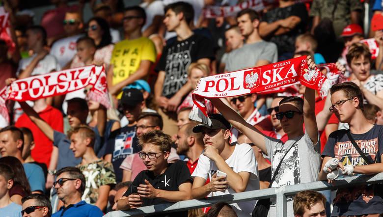 Mecz reprezentacji do lat 20 Polski ze Szwajcarią pokazał, jak duży jest głód dobrej piłki w Rzeszowie. Spotkanie młodzieżówek obserwował komplet - 12,5 tysiąca kibiców.