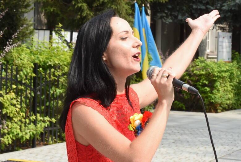 Koncert w Zielonej Górze poświęcony niepodległej Ukrainie. Było wesoło, śmiesznie i nostalgicznie